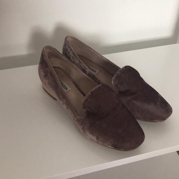 Steve Madden Shoes - Steve Madden Pink Velvet Loafers